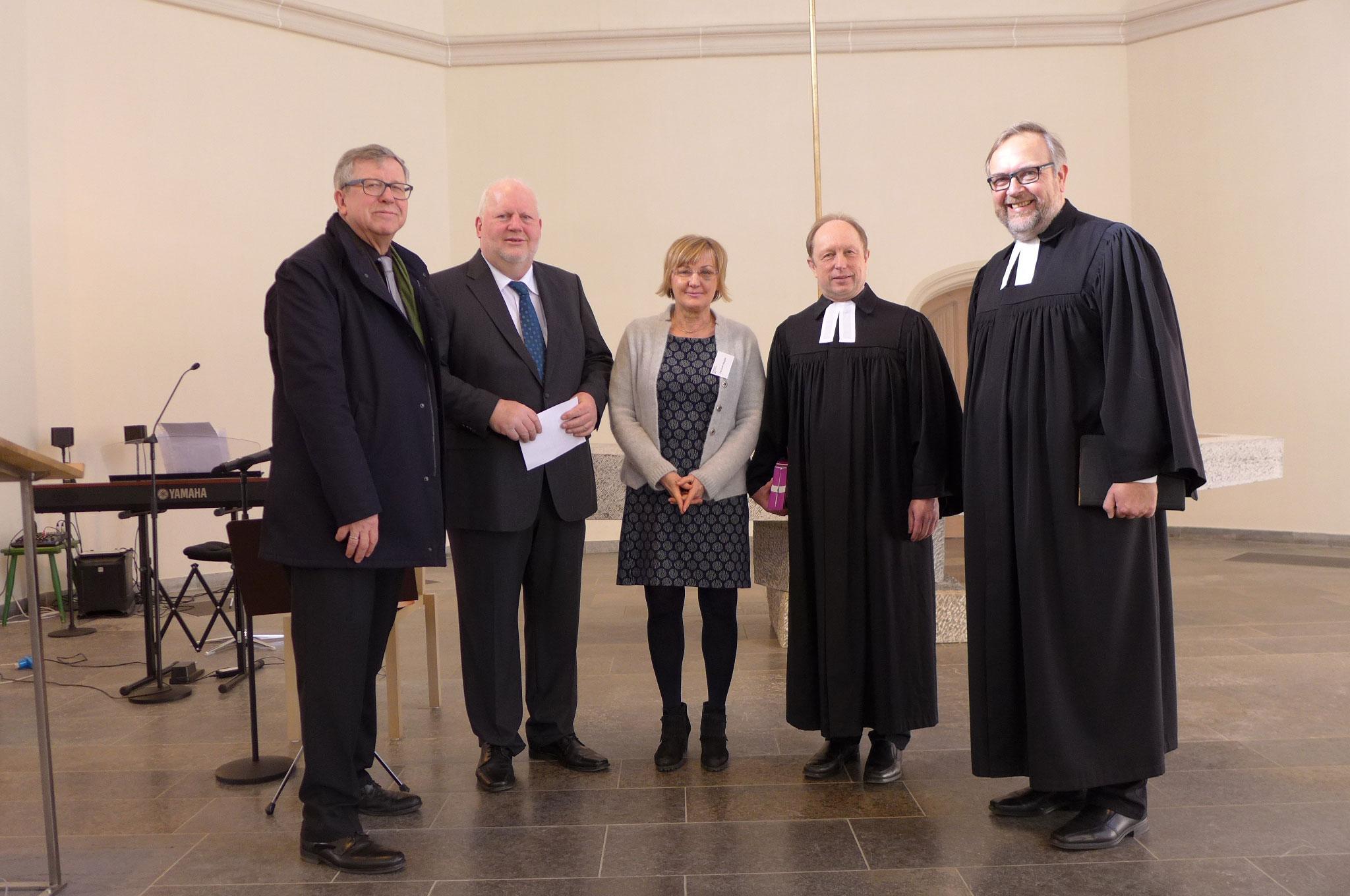 Gottesdienst mit Propst Schmidt, Pfarrer Sandori, Ute Kroll-Naujoks , Holger Claes und Herrn Knapp