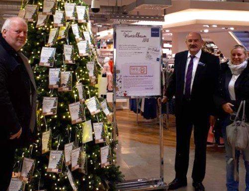 Karstadt Gießen startet erneut Wunschbaumaktion