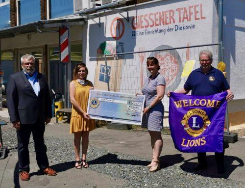 2.000 Euro von Lions-Club und Stiftunglife