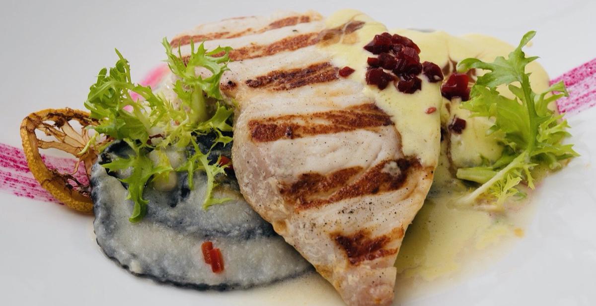 Gegrillter Fisch Knossos Gießen